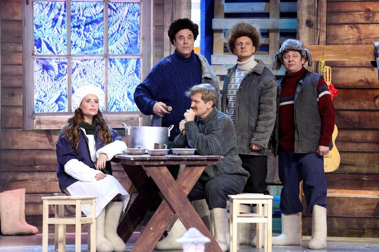 В шоу «Уральские пельмени» актриса играла главных персонажей