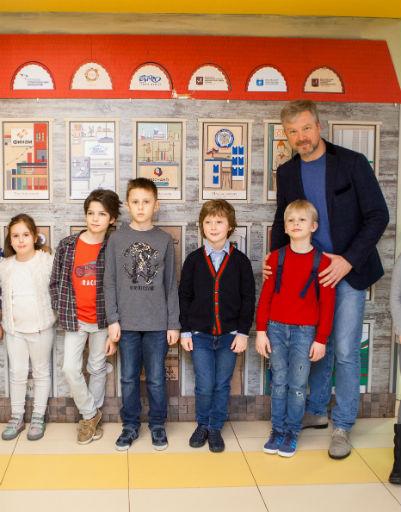 Валдис Пельш устроил детям незабываемый праздник
