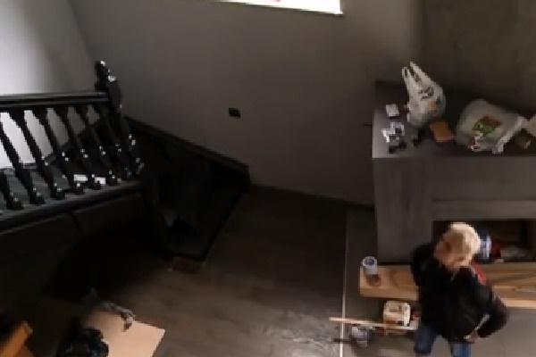 В апартаментах Дианы все еще идет ремонт
