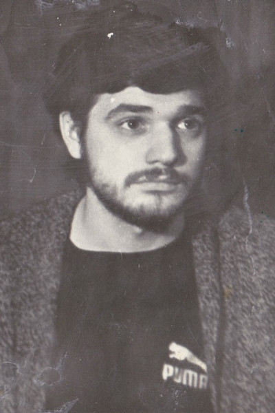 После армии Константин Лавроненко поступил в Школу-студию МХАТ