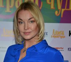 Анастасия Волочкова предсказала Собчак и Богомолову развод к концу года