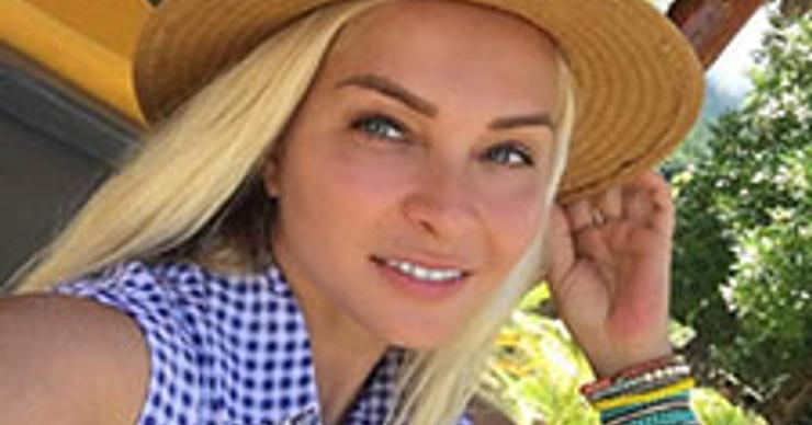 Наталья Варвина стала идеальной домохозяйкой