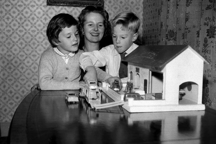 Маргарет Тэтчер редко баловала Кэрол и Марка вниманием