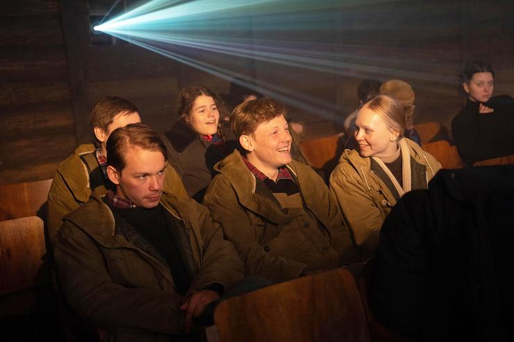 По официальной версии, ребята из группы Дятлова погибли ночью с 1 на 2 февраля, поиски пропавших начались лишь 26 марта