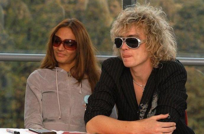 Алена встречалась на проекте с Маем Абрикосовым