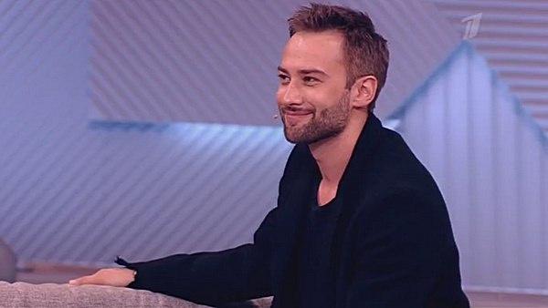 В этом сезоне Дмитрий Шепелев вернулся в эфир с передачей «На самом деле»