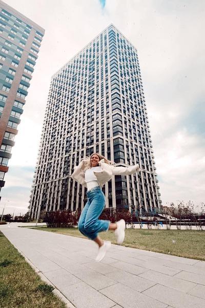 Рита Дакота купила две квартиры с видом на Москва-Сити