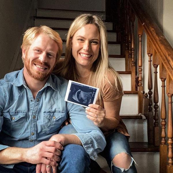 Митчелл и ее муж рассказали о пятой беременности осенью