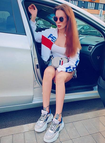 Ольга Ветер попала в ДТП на новой машине