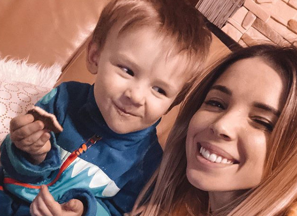 Лилия Соловьева с сыном Степой