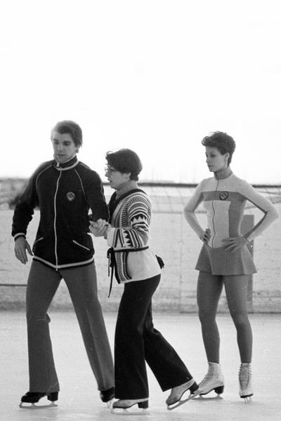 После ухода Пахомовой Миненков и Моисеева продолжили тренироваться у Татьяны Тарасовой