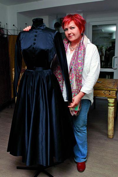 Мария Юреско работала с Гурченко на проекте «Старые клячи». Платье из «Карнавальной ночи» она воссоздала по фото