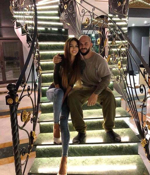 Оксана и Джиган продают свой идеальный дом