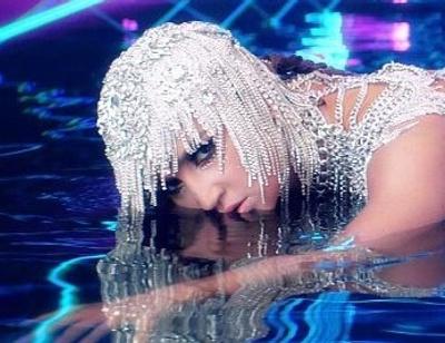 Ольга Бузова выпустила клип на песню «Водица»
