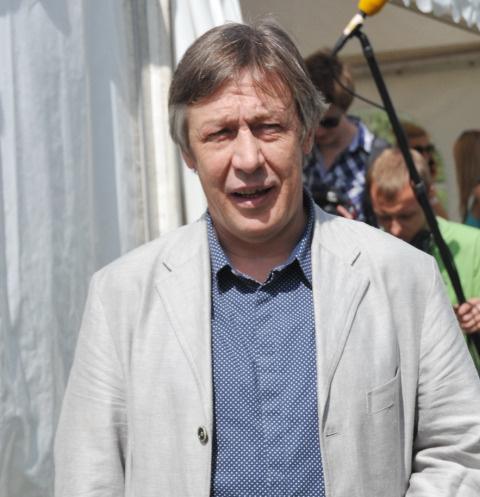 Слушания по делу Михаила Ефремова перенесли из-за тяжелого состояния актера