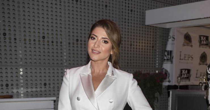 Жасмин заплатит за обучение дочери 1,5 миллиона рублей
