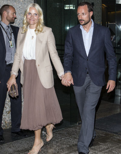 Кронпринц Норвегии Хокон и его жена принцесса Метте-Марит