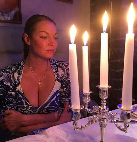 Анастасия Волочкова переживает утрату кота