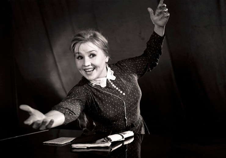 Для миллионов зрителей актриса с тяжелой судьбой навсегда осталась жизнерадостной Фросей
