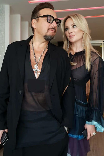 Жена Стаса часто сопровождает его на светских мероприятиях и концертах