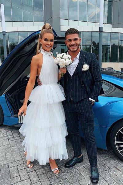 Марина долго выбирала свадебное платье