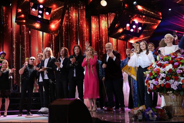 Танцы Киркорова, похудевшая Семенович и запевший Губерниев: открытие «Славянского базара»