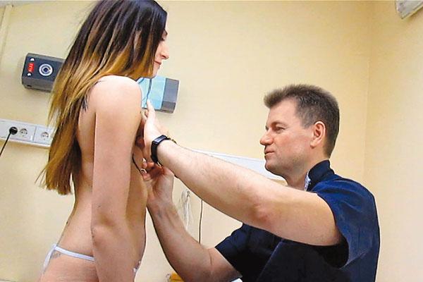 Перед началом работы хирург сделал разметку специальным фломастером