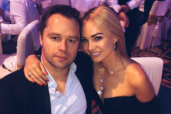 Виталий с бывшей супругой Ириной