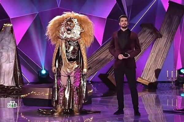 Цой скрывался под маской Льва в первом сезоне шоу «Маска»