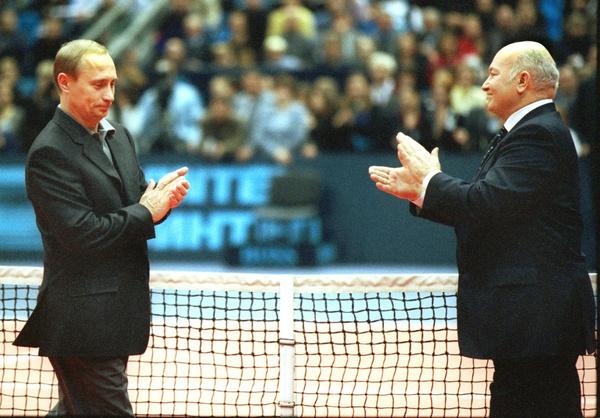 Лужков всегда поддерживал президента Владимира Путина