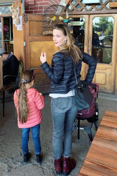Светлана Иванова не показывает лиц детей в соцсетях