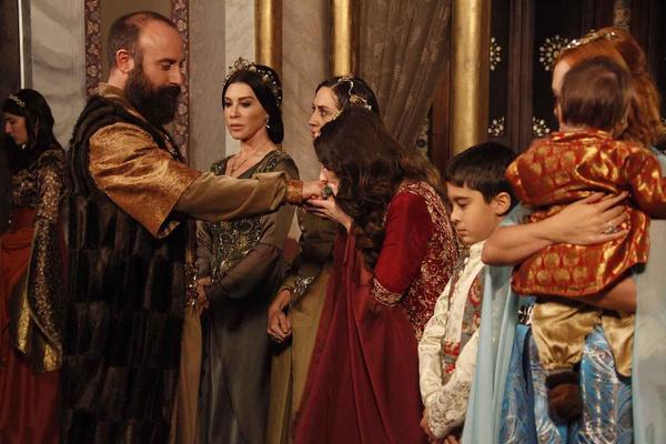 После сериала армия поклонниц Халита выросла в несколько раз
