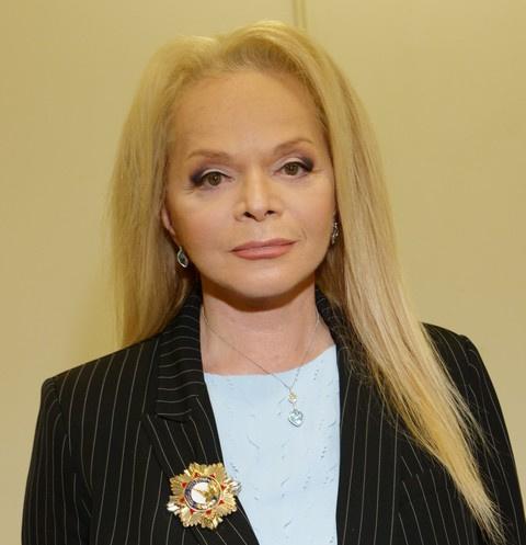 Лариса Долина раскритиковала Александра Ревву за исполнение ее песни