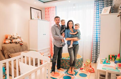 Одну из комнат Денис и Ирина Никифоровы оформили под большую детскую для двойняшек Александра и Вероники