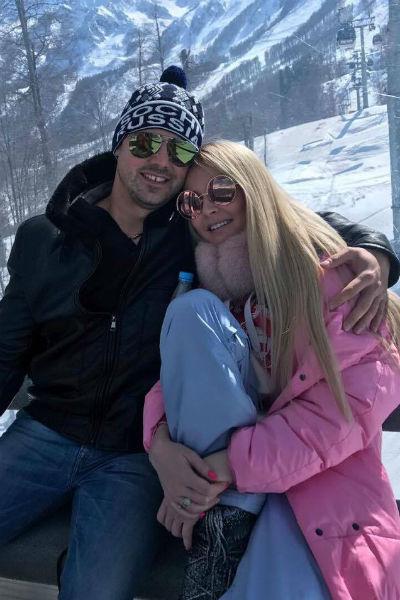 Сергей и Дарья Пынзарь устроили романтический отдых