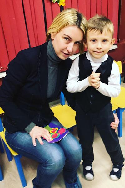 Сына лже-помощнице Григорьева-Апполонова помогает воспитывать настоящий отец