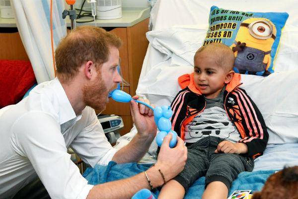 Гарри пообщался с маленькими пациентами в Оксфордской больнице