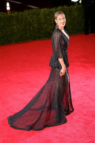 Бейонсе в Givenchy