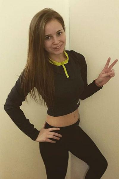 Полина Гренц продолжает худеть