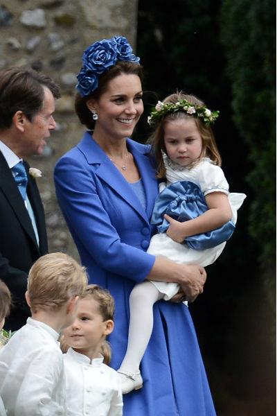 Кейт Миддлтон постоянно появляется на публике с детьми