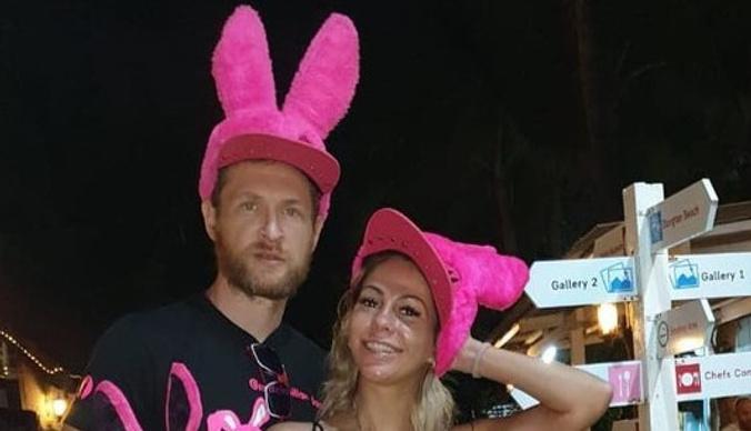 Елена Беркова отдохнула в Таиланде с владельцем сети интим-магазинов