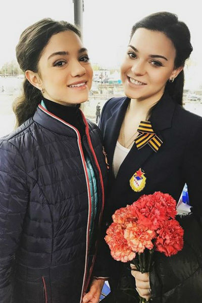 Аделина Сотникова оправдывает Евгению Медведеву