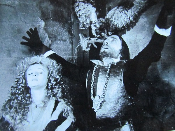 На съемках Маргарита Терехова разбила Евгению Данчевскому губу