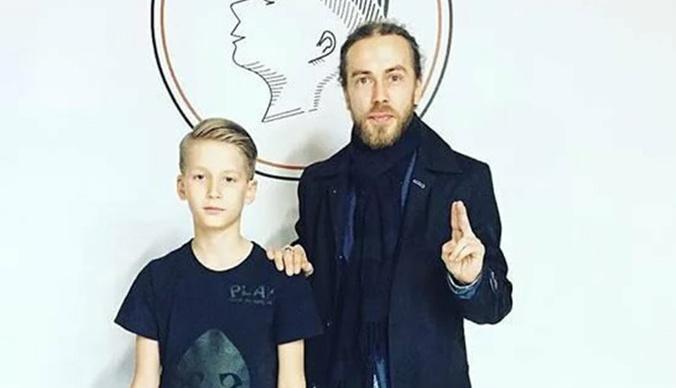 Сын Децла сделал ДНК-тест на родство с рэпером: суд огласил результат