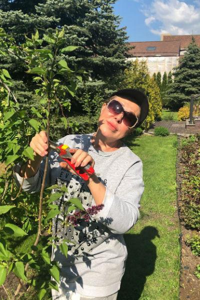 Помимо кулинарии Успенская увлекается и садоводством