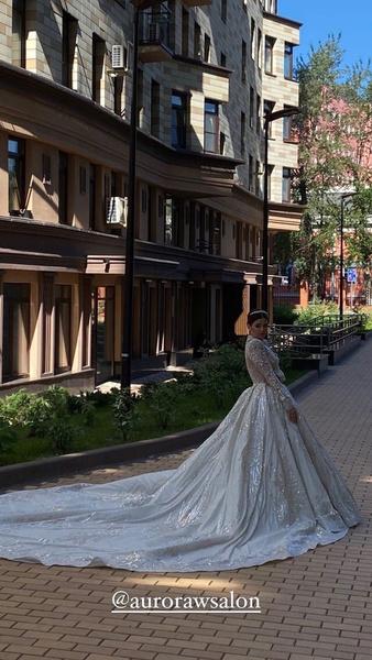 Образ невесты получился роскошным