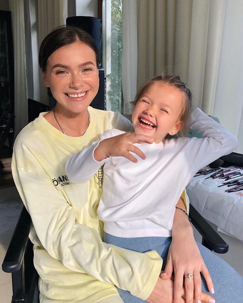 Лена Темникова с дочерью Александрой