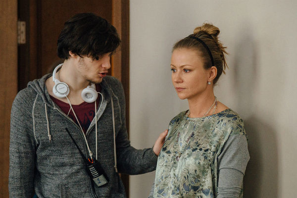 По сценарию героине Мироновой приходится столкнуться с исчезновением сына