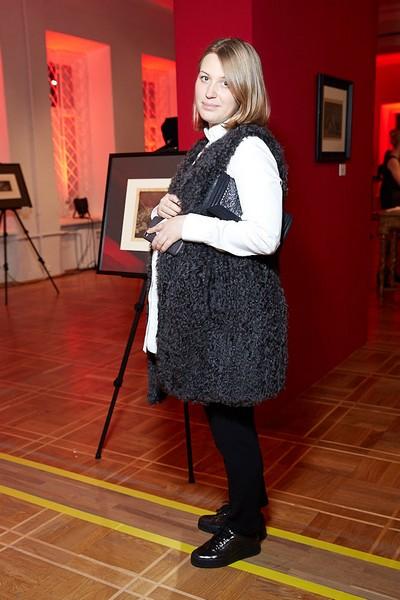 Марина Мединская вышла в свет с округлившимся животом