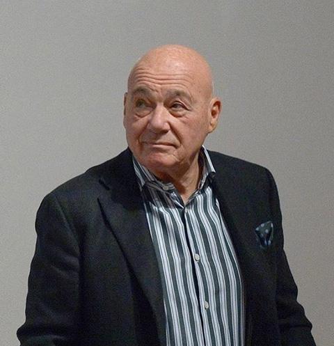 Владимир Познер раскаивается в ударе дочери